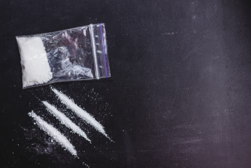 Snorting Meth: Side Effects and Dangers